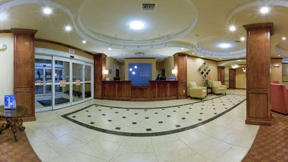 Lobby | Holiday Inn Express Sweetwater