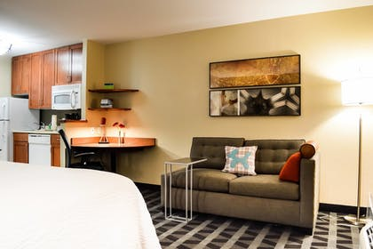 Room   TownePlace Suites by Marriott Quantico Stafford