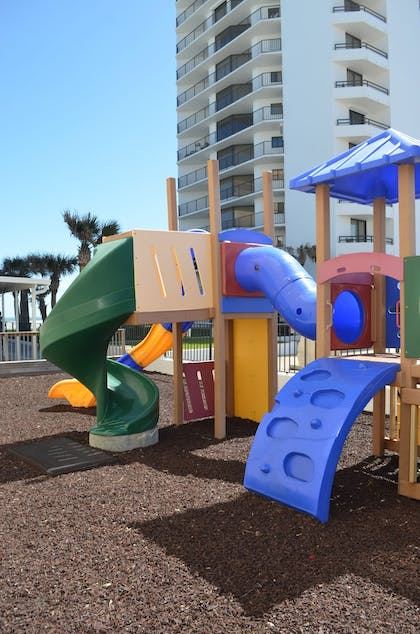 Childrens Play Area - Outdoor | Sun Viking Lodge