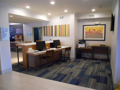 Business Center | Holiday Inn Express Bethlehem Airport - Allentown Area