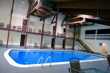 Pool | Days Inn by Wyndham Lincoln