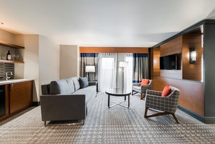 Living Area | The Heathman Hotel
