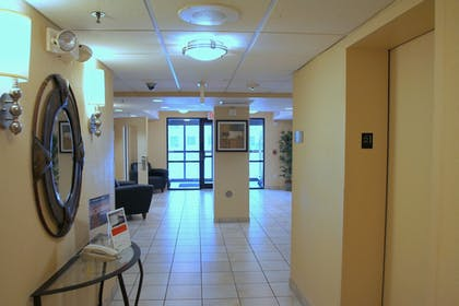 Hotel Interior | Candlewood Suites Indianapolis Downtown Medical District