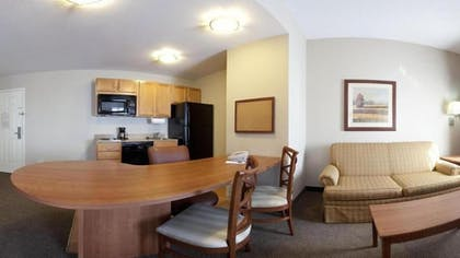 Living Room | Candlewood Suites Indianapolis Downtown Medical District