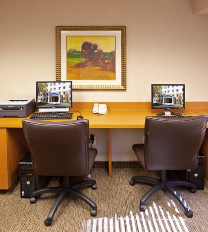 Business Center | Candlewood Suites Indianapolis Downtown Medical District