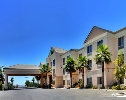 Exterior | Holiday Inn Express Hotel & Suites San Diego Otay Mesa