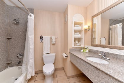 Guestroom | Holiday Inn Express Hotel & Suites San Diego Otay Mesa
