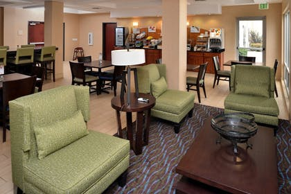 Restaurant | Holiday Inn Express Hotel & Suites San Diego Otay Mesa