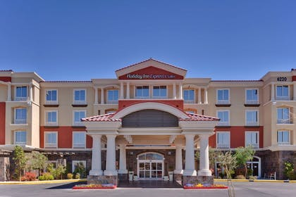 Exterior | Holiday Inn Express & Suites Las Vegas SW - Spring Valley