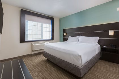 Guestroom | Holiday Inn Express Hotel & Suites Eugene Downtown-Universty