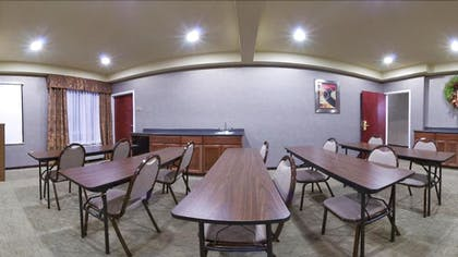 Meeting Facility   Holiday Inn Express & Suites Alexandria