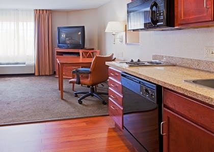Room | Candlewood Suites Ft. Lauderdale Airport/Cruise