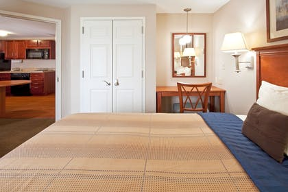 Sports Facility | Candlewood Suites Ft. Lauderdale Airport/Cruise