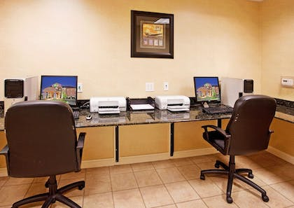 Business Center | Holiday Inn Express & Suites Wichita Airport