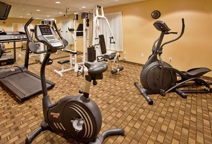 Fitness Facility | Holiday Inn Express & Suites Wichita Airport