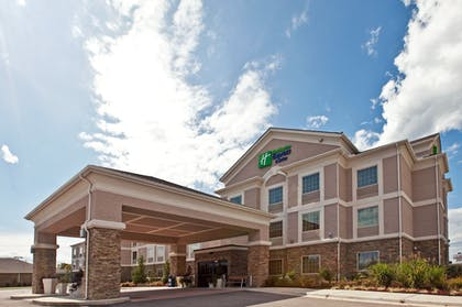 Featured Image | Holiday Inn Express Ada