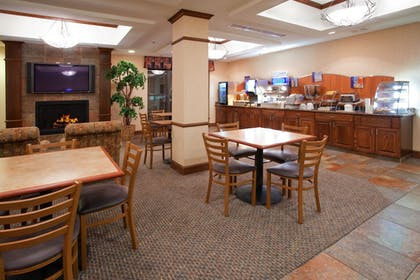 Restaurant | Holiday Inn Express Hotel & Stes Salt Lake City-Airport East