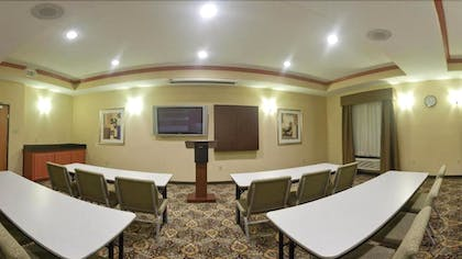 Meeting Facility | Holiday Inn Express Hotel & Suites Fairfield - North