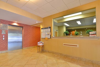 Interior | Candlewood Suites Winchester