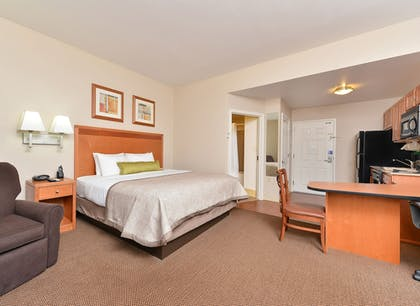 Featured Image | Candlewood Suites Winchester
