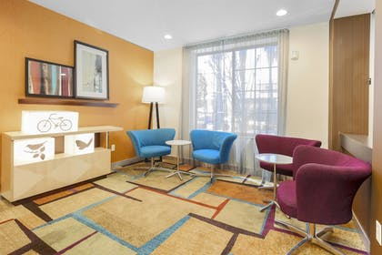 Lobby | Fairfield Inn & Suites Temecula by Marriott