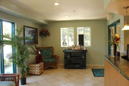 Lobby | Morro Shores Inn And Suites