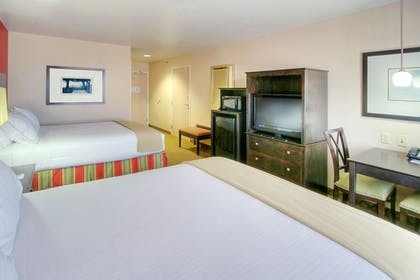 Guestroom | Holiday Inn Express & Suites Tucumcari