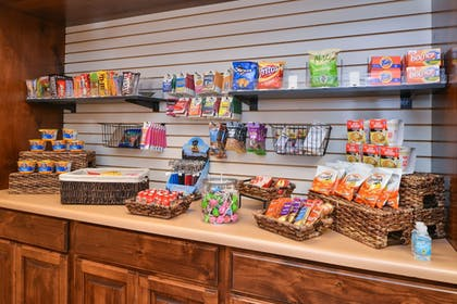 Gift Shop | Holiday Inn Express St. George North - Zion
