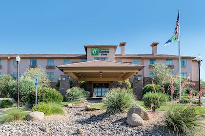 Featured Image | Holiday Inn Express St. George North - Zion
