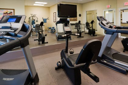Fitness Facility | Holiday Inn Express & Suites Kendall