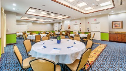 Banquet Hall | Holiday Inn Express & Suites Kendall