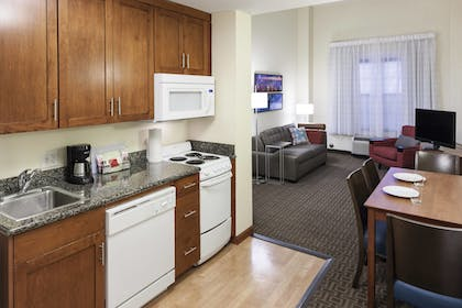 In-Room Kitchen | TownePlace Suites by Marriott Suffolk Chesapeake