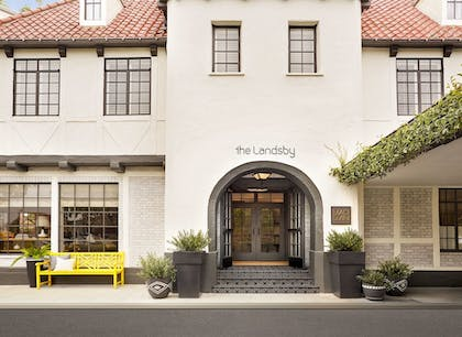 Hotel Entrance | The Landsby
