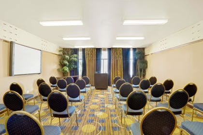 Meeting Facility | Baymont by Wyndham Las Vegas South Strip