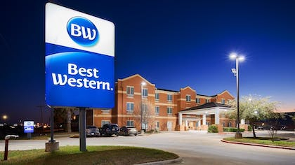 Featured Image | Best Western Lockhart Hotel & Suites
