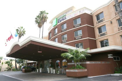 Featured Image | Holiday Inn Express San Diego South - Chula Vista