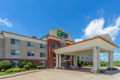 Featured Image | Holiday Inn Express & Suites Vandalia