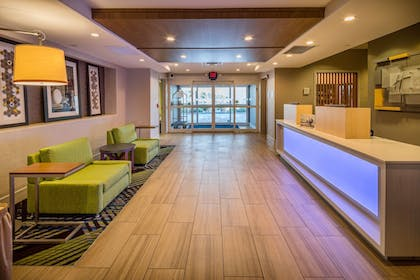 Interior | Holiday Inn Express and Suites Modesto