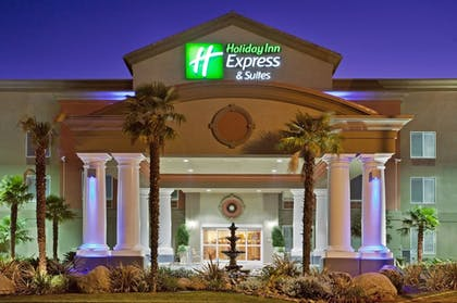 Featured Image | Holiday Inn Express and Suites Modesto