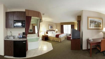 In-Room Kitchenette | Holiday Inn Express Hotel & Suites Franklin-Oil City
