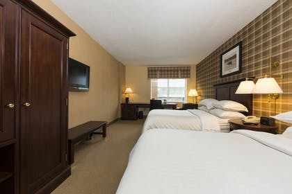 Guestroom | Sheraton Duluth Hotel