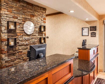 Interior Entrance | Comfort Inn And Suites