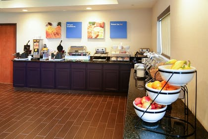 Breakfast Area | Comfort Inn And Suites