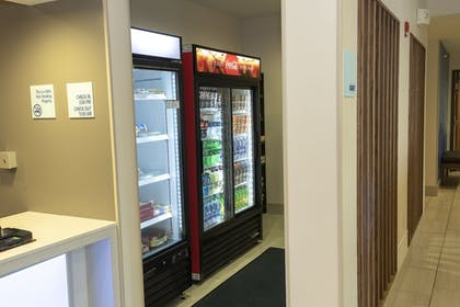 Snack Bar | Holiday Inn Express Hotel & Suites Iron Mountain