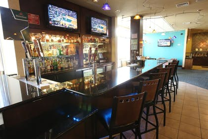 Hotel Bar | Holiday Inn Hotel & Suites Salt Lake City-Airport West