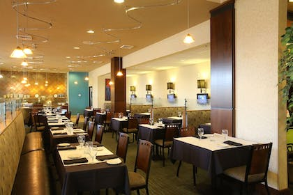 Restaurant | Holiday Inn Hotel & Suites Salt Lake City-Airport West