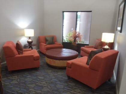 Lobby Lounge | Holiday Inn Express Hotel & Suites Lake Placid