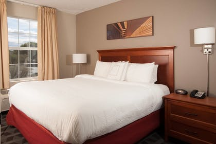 Guestroom | TownePlace Suites by Marriott at The Villages