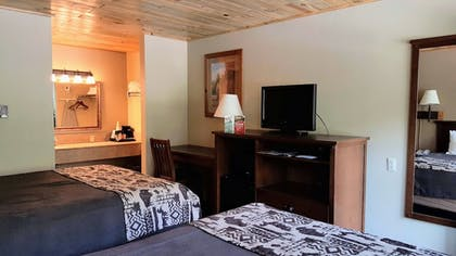 Guestroom | State Game Lodge at Custer State Park Resort