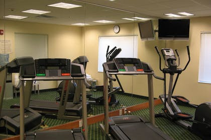 Sports Facility | Fairfield Inn & Suites by Marriott Ames